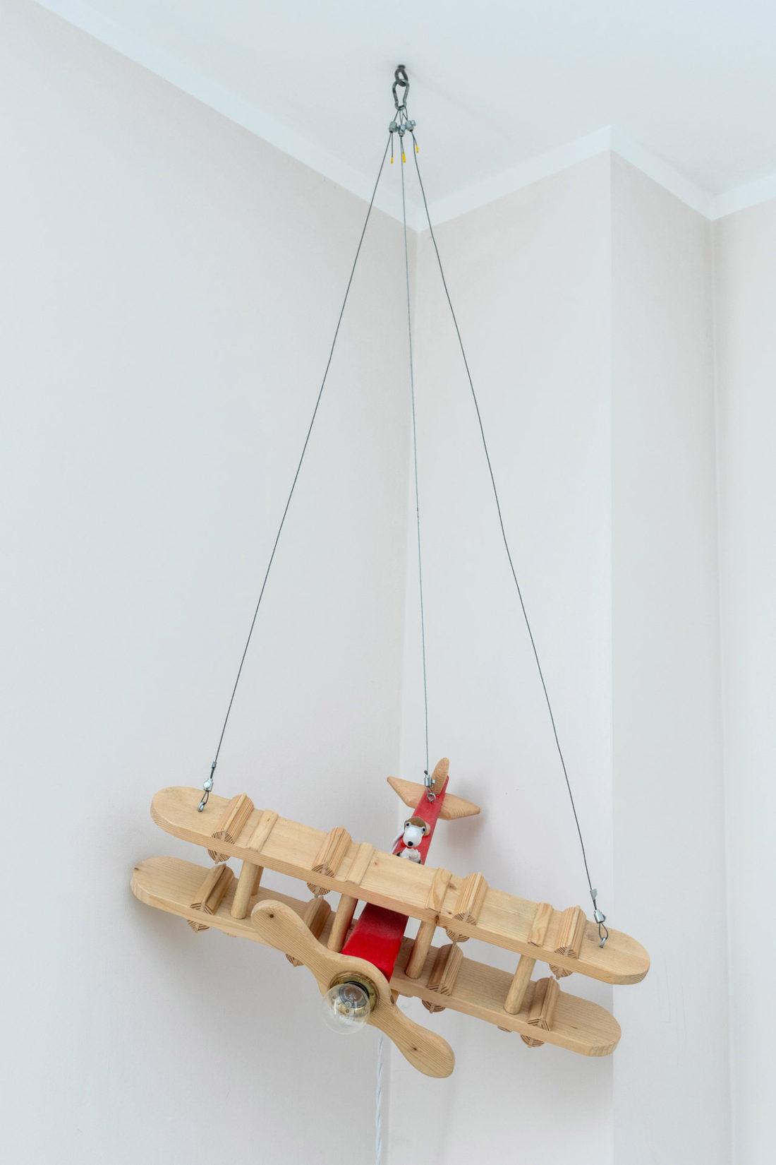 Lampada Aeroplano in legno per cameretta bambini