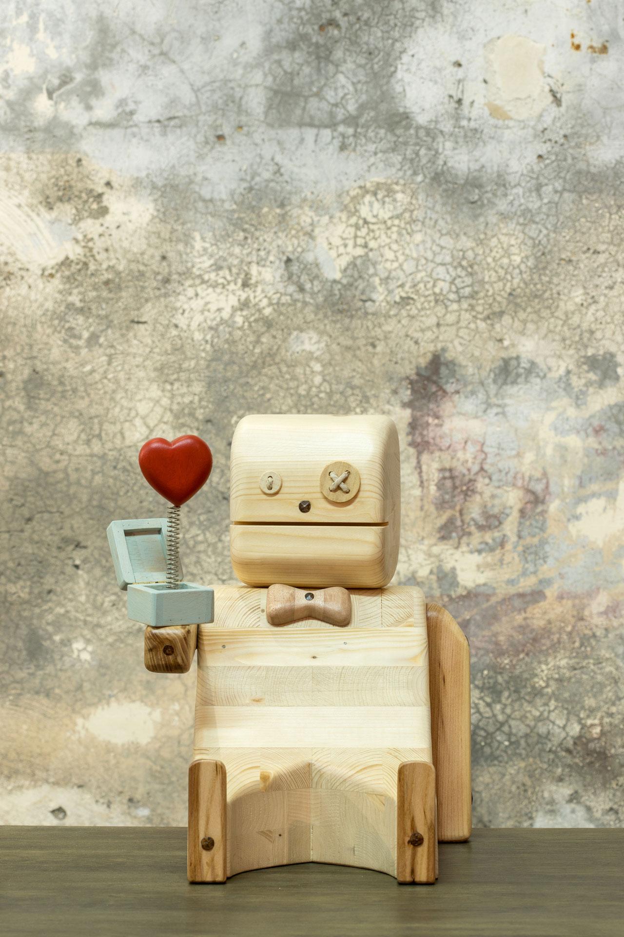 Pupezzo di legno Mi vuoi sposare?