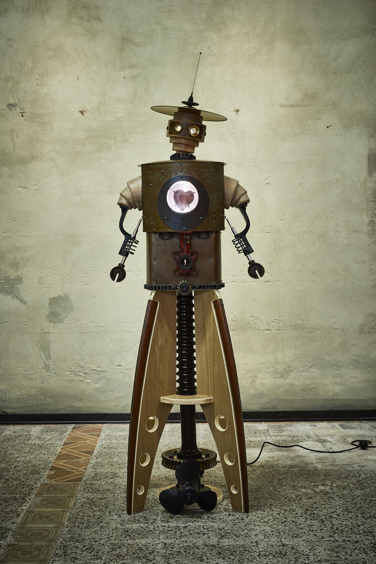 Robot fatto con il cuore